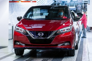 Nissan is upgrading the LEAF: In the new 2020 model, the compact electric car offers an op...