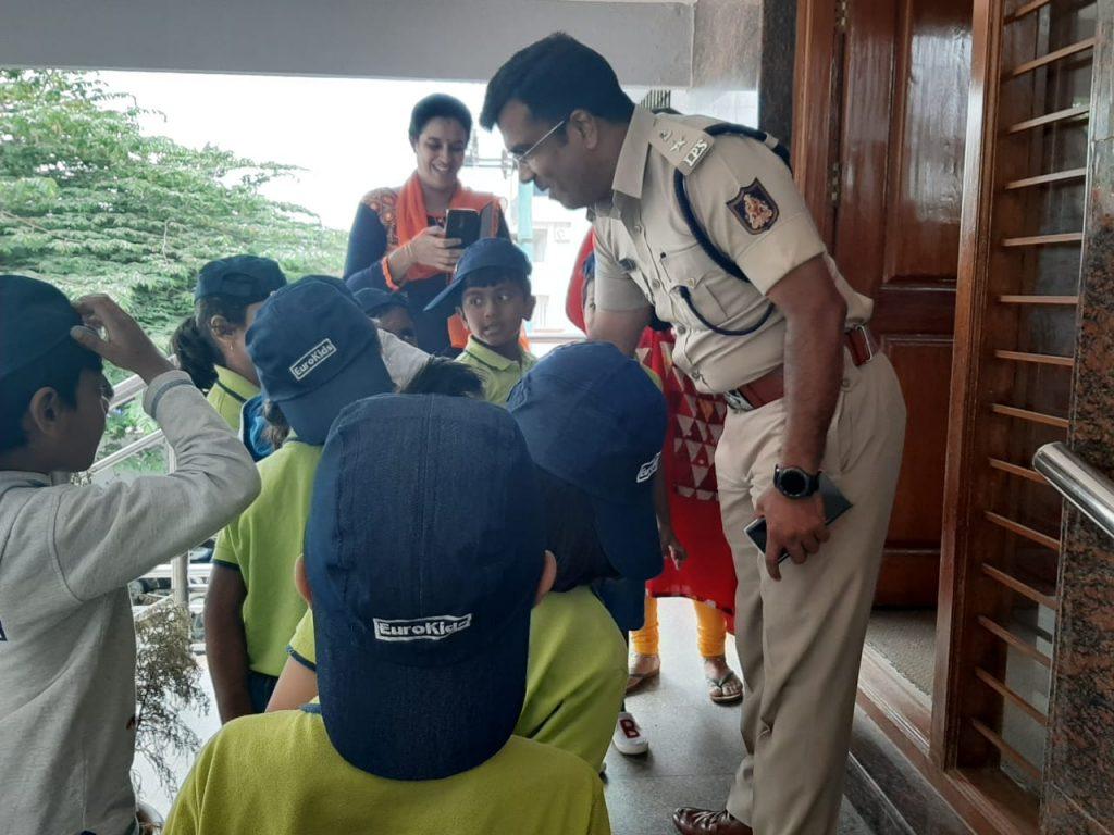 Blog about bheemashankar s guled ips case,Bhimashankar guled affair,Bhimshankar s Guled IP...