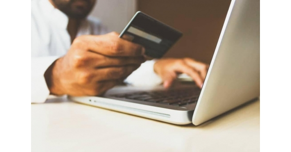 Did you know that online shopping took its first steps in the late '70s? Starting with i...