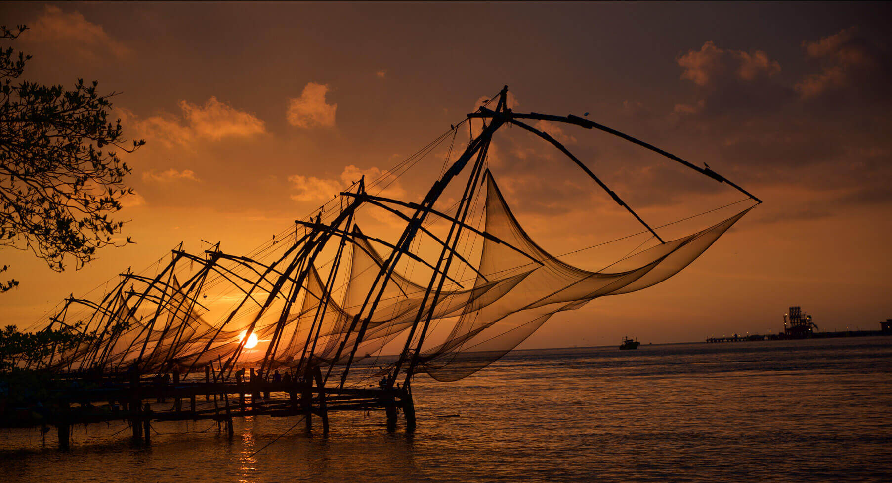 Kerala is God's own country and a must-see in the world. This paradise in India has mounta...